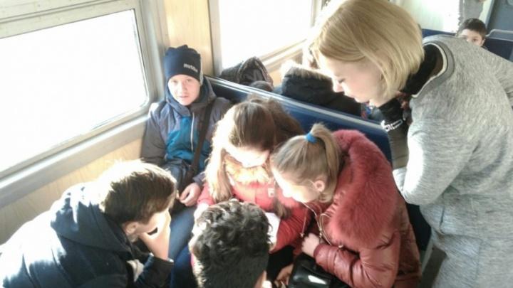 Студентов и школьников Волгограда зовут пройти квест на железной дороге