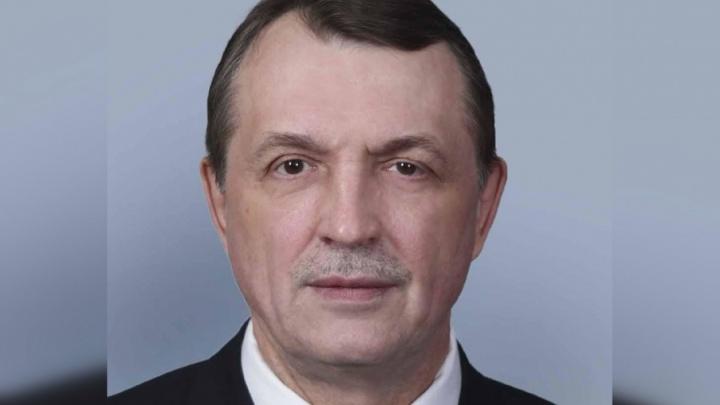 «За всю историю такого не было»: в Архангельской области прогульщика-единоросса лишили депутатской зарплаты