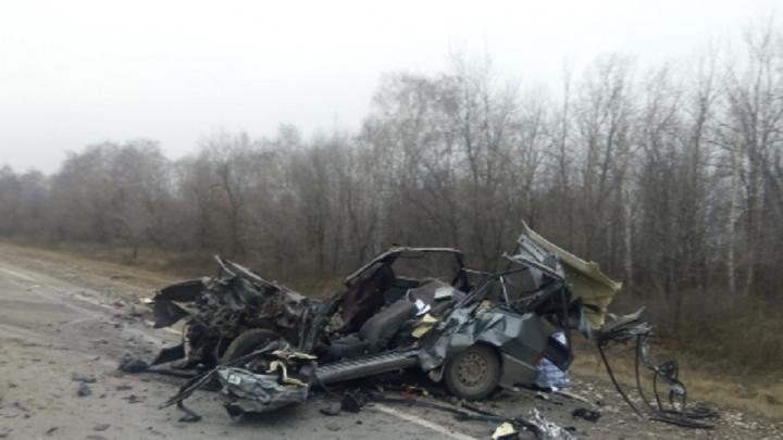 Останки ВАЗа: водитель  «тринадцатой» погиб в столкновении с КАМАЗом