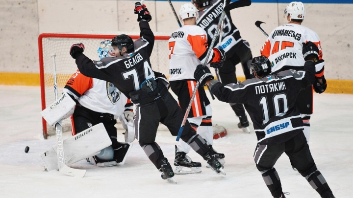 ХК «Рубин» обыграл соперников из Ангарска на тюменском льду