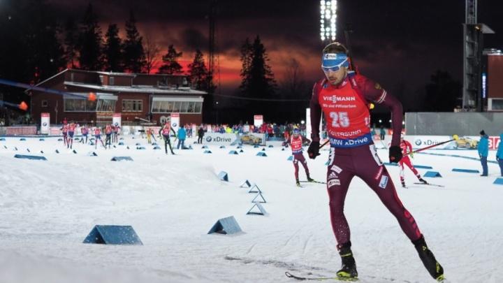 Антон Шипулин стал восьмым в гонке преследования на этапе Кубка мира в Эстерсунде