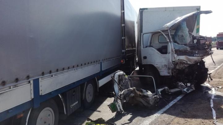 В Мордовии ищут родственников самарского дальнобойщика, который разбился в ДТП на М-5