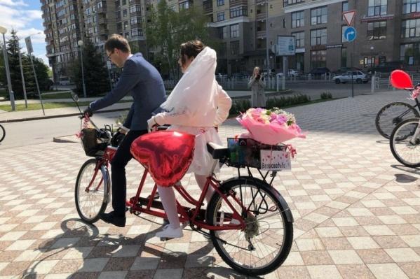 Свадьба состоялась в субботу, 2 июня