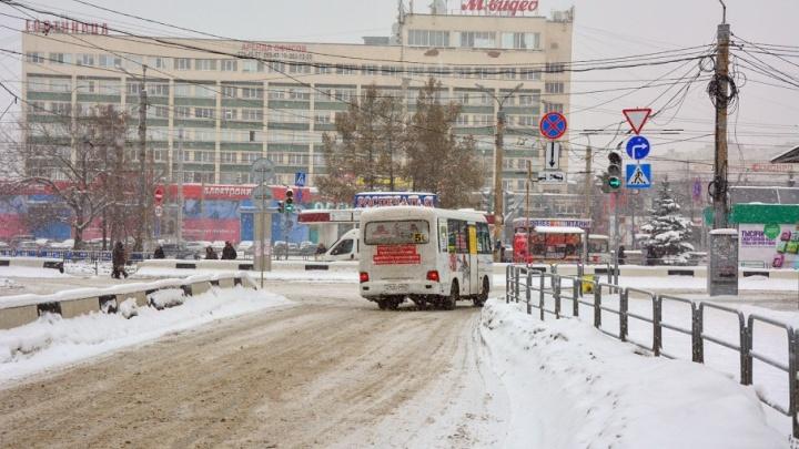 Частный, но со льготами: в Челябинске восстановили автобусный маршрут на вокзал