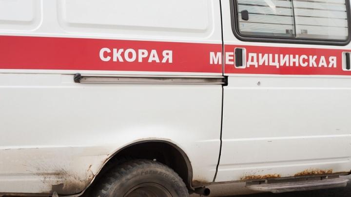 Скорая помощь с пациентом на борту попала в ДТП на Троицком тракте в Челябинске