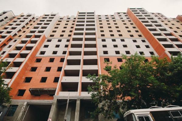 Некоторые из обманутых дольщиков, вложившихся в строительство жилья, уже умерли