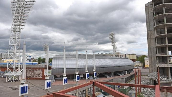 Деньги кончились и стройка встала: когда башни-близнецы в Ярославле достроят
