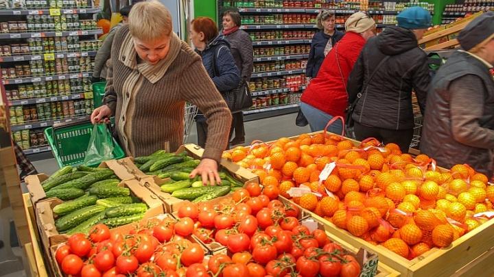 В Самарской области резко подешевели свежие овощи и куриные яйца