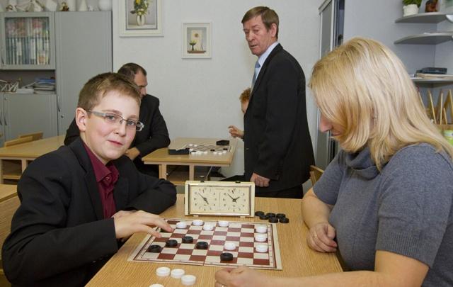 Уроки шахмат введут в начальной школе