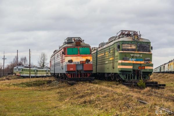 Поезда находятся на закрытой базе РЖД