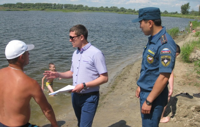 В Тюменской области в местах, где запрещено купаться, погибли три человека