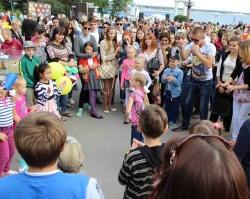 В День города компания «Запад» провела конкурс на самый прочный дом