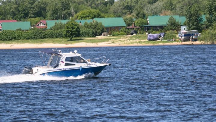 В Самарской области 35-летний мужчина получил смертельную травму, нырнув в воду с катера