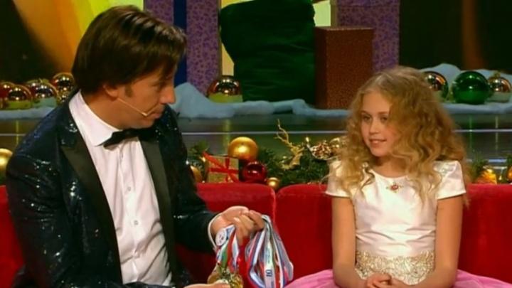 «Лучше всех»: 11-летняя пермячка задержала дыхание на 1 минуту 39 секунд в шоу Первого канала