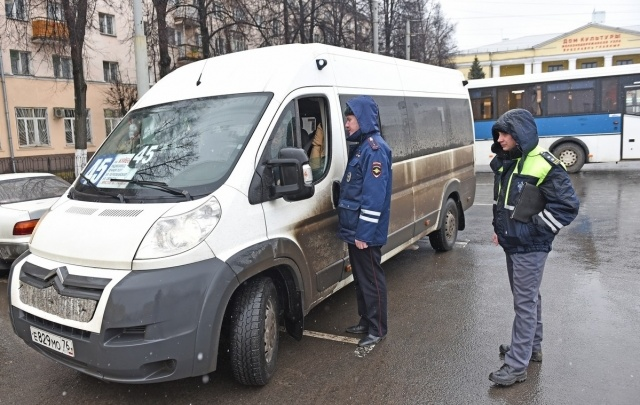 Водителей ярославских маршруток снимут с рейсов за штрафы в ГИБДД
