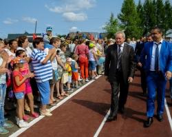 Виктор Басаргин открыл в Суксуне новый стадион