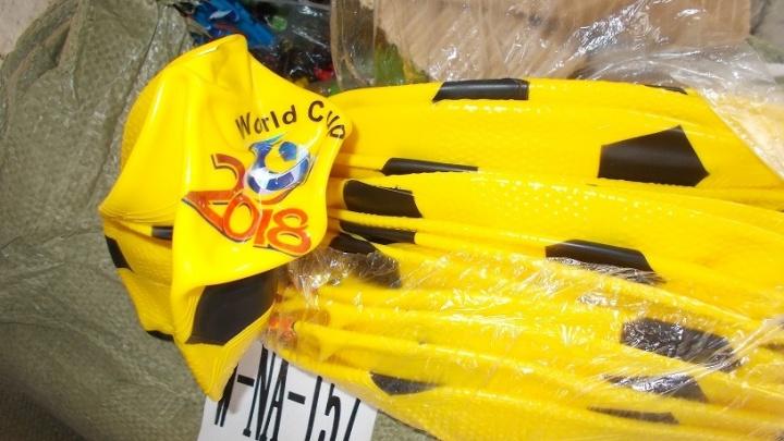 Сотрудники таможни задержали в Самарской области две машины с поддельными товарами для детей