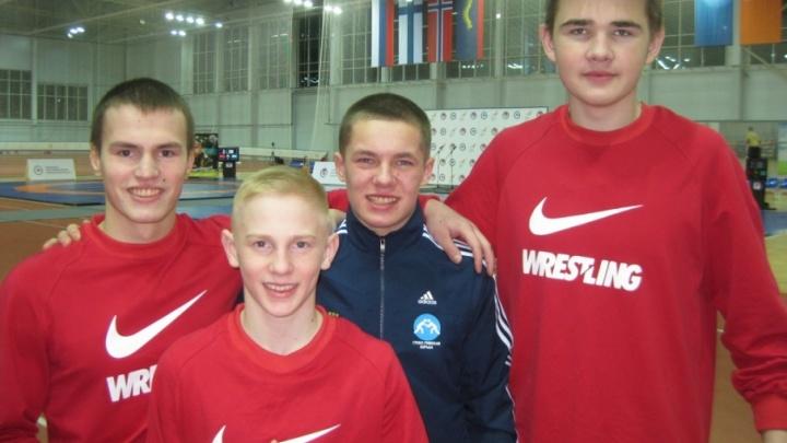 Новодвинские борцы взяли три медали на международном турнире «Северное Сияние»
