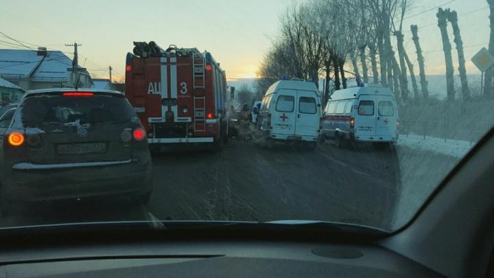 Девушка вся в крови: на северо-западе произошло серьёзное ДТП с тремя машинами