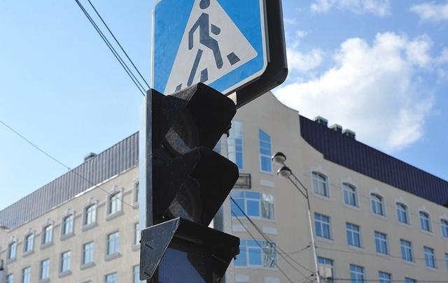 На двух тюменских улицах погаснут светофоры