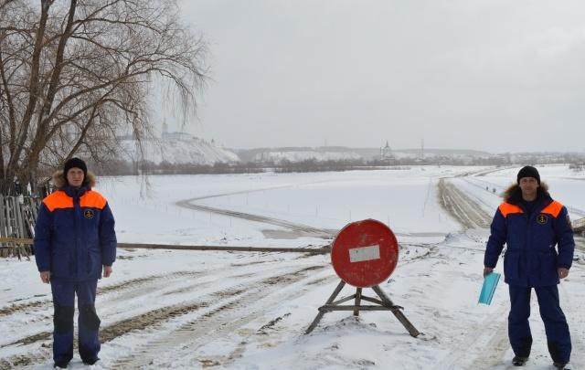 В Тюменской области закрывают ледовые переправы