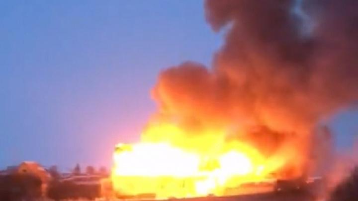 Из горящего дома в Червишево спасли трёх детей