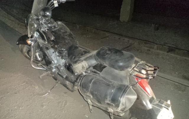 Пьяный мотоциклист рухнул на дороге в Магнитогорске