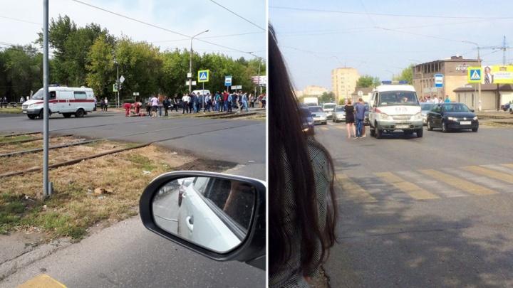 Музыки в ушах не было: скорая с сиреной сбила студентку в Магнитогорске