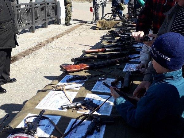 Дети и оружие. Такие дела