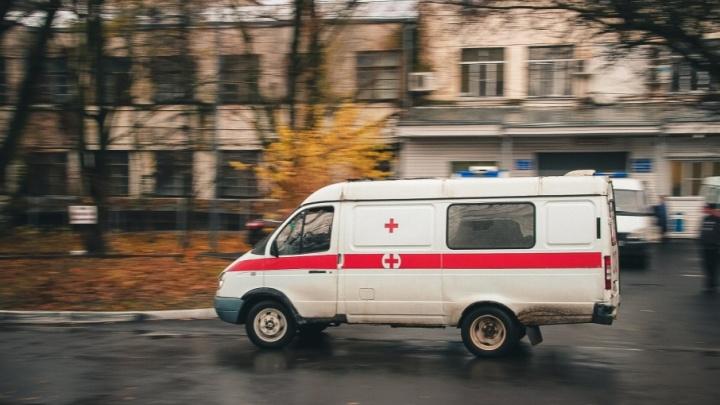 В Новочеркасске мужчина на внедорожнике устроил ДТП: есть жертвы