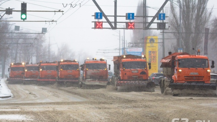 Без снежного наката: улицы Самары за два дня обработали 200 тоннами реагентов