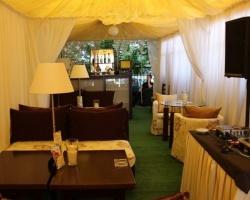 Ресторан-бар «Золотая черепаха» приглашает гостей на террасу SOFA