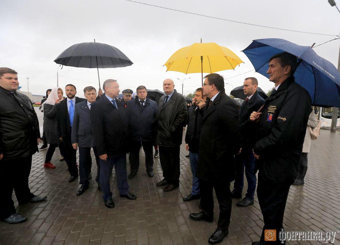 Открытие трех новых станций метро Фрунзенского радиуса. Николай Александров (крайний слева), Сергей Харлашкин (крайний справа)
