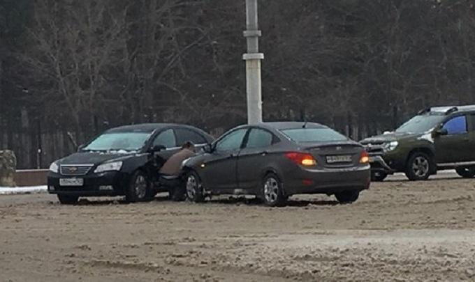 «День жестянщика» по-ростовски: снегопад спровоцировал в городе десятки ДТП