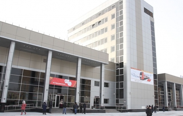На железнодорожном вокзале в Тюмени скончался мужчина