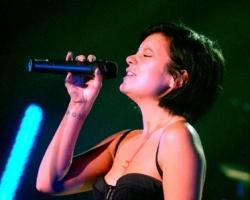 Ростовчане могут выиграть поездку на московский концерт Лили Аллен