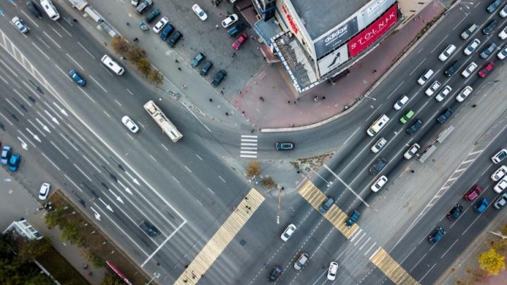 Город для людей: челябинский урбанист сел за руль и рассказал, зачем нам платные парковки
