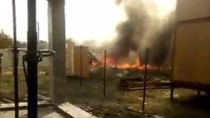 В Ростове произошел пожар по переулку Нефтяному
