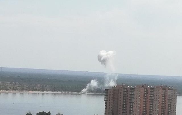 В Волгограде на берегу Волги взорвали реактивный снаряд от «Катюши»