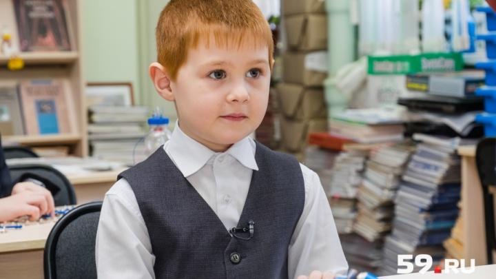 Изобрел роботов-помощников: первоклассник пермской школы поедет в «Сколково»