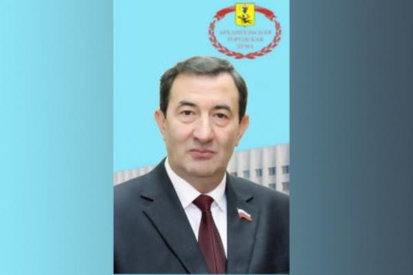 Лишенный мандата Гусейн Алиев