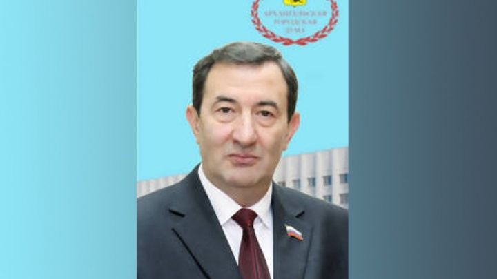 Архангельского депутата Алиева со второй попытки лишили мандата за взятку
