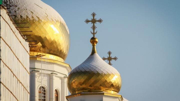 Позарился на святое: в Ростовской области внук украл у бабушки старинную икону