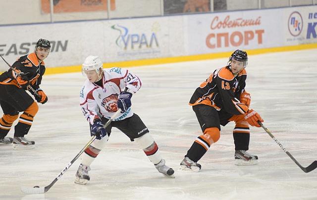 Пермские хоккеисты обыграли «Звезду» из Подмосковья