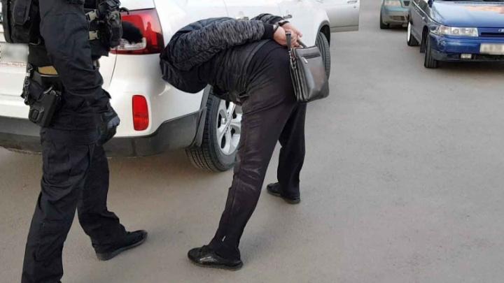 Силовики задержали криминального авторитета, крышевавшего рынки на Южном Урале
