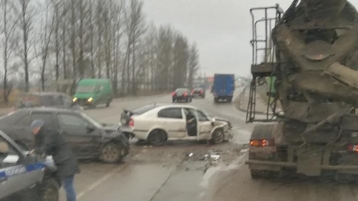 Серьезное ДТП на выезде из Брагино собрало огромную пробку