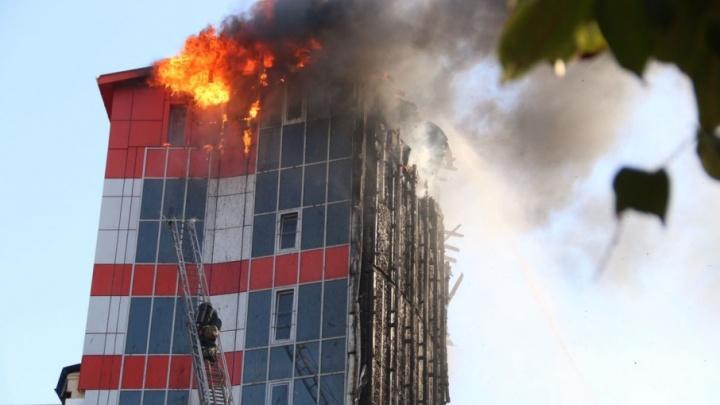 Здание сгоревшего отеля Torn House решили восстановить
