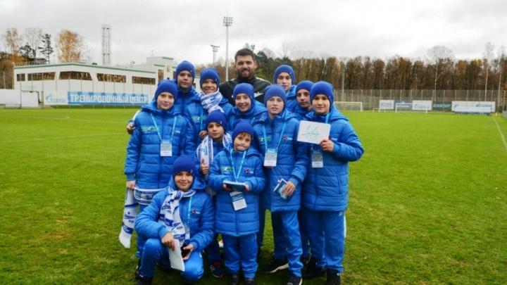 РМК отправила юных футболистов учиться у «Зенита»
