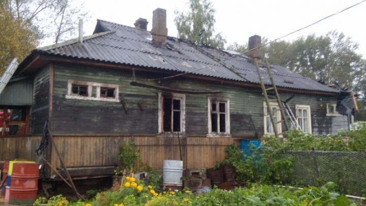 В Котласе пожарные спасли от огня квартиру пенсионерки