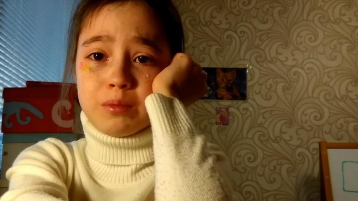Девочка-блогер из Татарстана стала звездой Youtube, обидевшись на подписчиков